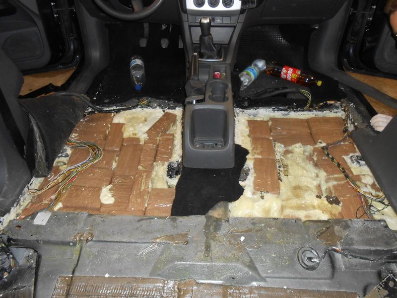 Haschisch im Auto versteckt - Schleierfahndung Rosenheim