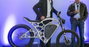 Airbus APWorks; Jungfernfahrt Light Rider; 20.05.2016; Ottobrunn