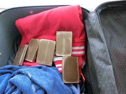 Haschisch Flughafen Memmingen Foto: Polizei