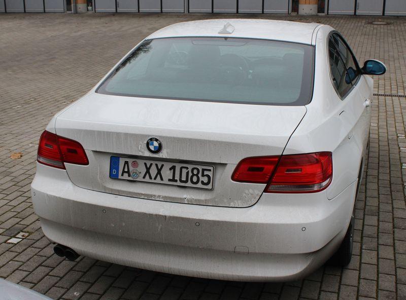 Weißer BMW des mutmaßlichen Mörders - Doppelmord Gersthofen Quelle Foto Polizei Schwaben