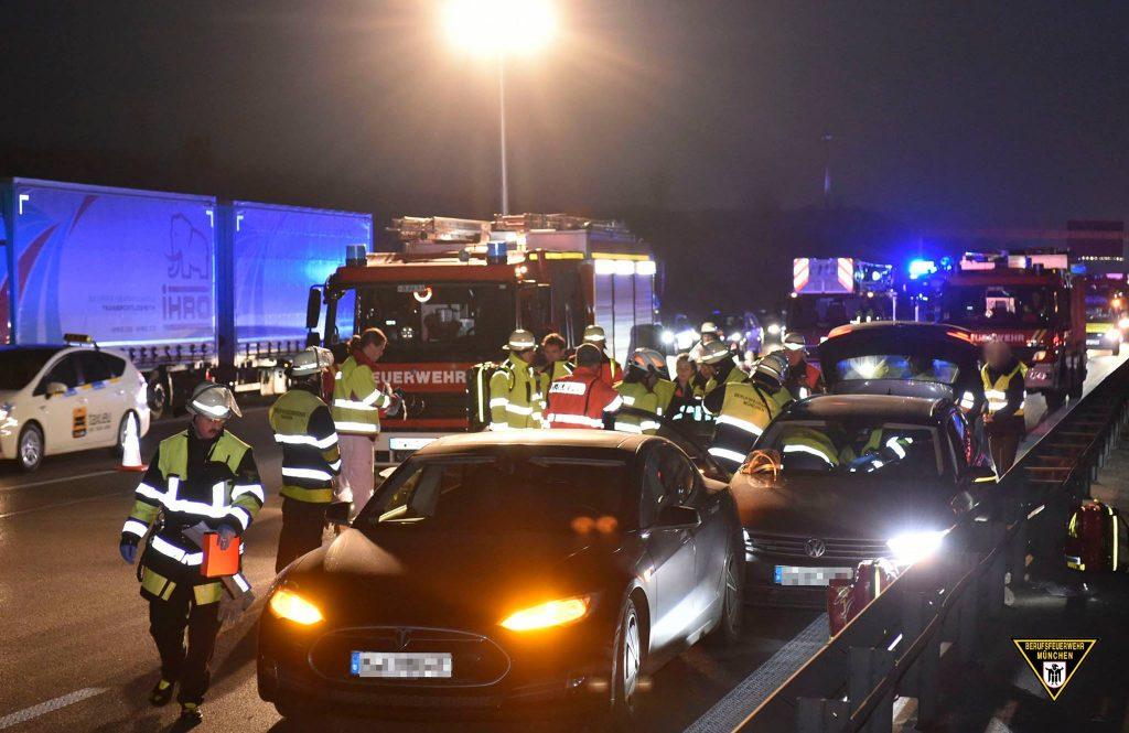 Tesla-Fahrer rettet Leben Quelle Foto Berufsfeuerwehr München
