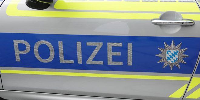 Polizei Streifenwagen blau Seitenfront