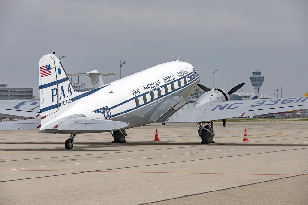 DC3 Pan Am Auf dem Flughafen München